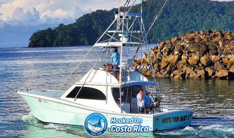 Tournament Sportfishing Boat in Los Sueños Costa Rica