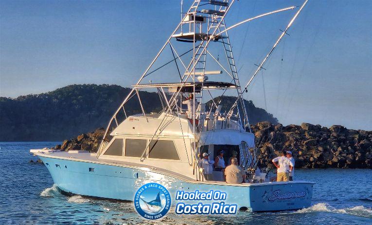 Luxury Hattera Sport Fishing Charter in Los Sueños Marina Costa Rica